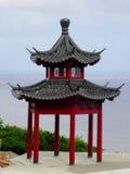 Um pavilhão perto do mar Foto de Stock Royalty Free