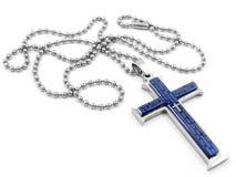 Um pendente de aço de uma cruz no pescoço - de aço inoxidável Imagens de Stock Royalty Free
