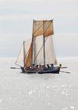 Um pequeno, navio de navigação velho fotos de stock