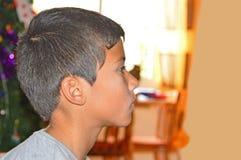 Um perfil do menino foto de stock royalty free
