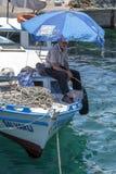 Um pescador em Antalya em Turquia Imagens de Stock