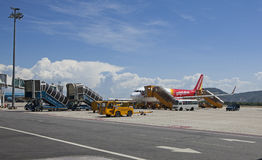 Um plano do ar de Vietjet que prepara-se para decolar no aeroporto internacional do Da Nang Fotografia de Stock Royalty Free