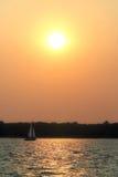 Um por do sol dos marinheiros Fotos de Stock Royalty Free