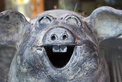 Um porco cerâmico imagem de stock royalty free