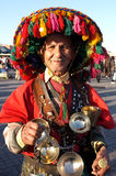 Um portador de água tradicional em C4marraquexe Imagens de Stock Royalty Free