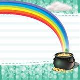Um potenciômetro completamente das moedas com uma planta do trevo Fotos de Stock Royalty Free