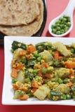 Um prato dal é uma combinação de trigo, de lentilhas e de especiarias frescas Fotos de Stock