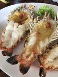 Um prato do camarão de rio roasted imagem de stock