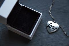 Um presente do dia de Valentim Fotografia de Stock