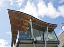 Um projeto incomun do telhado. Fotografia de Stock