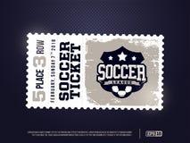 Um projeto profissional moderno de bilhetes do futebol no tema azul Imagens de Stock
