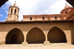 Um quadrado de Cristo Rey, Cantavieja, Maestrazgo, província de Teruel, AR imagens de stock