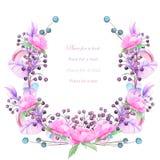 Um quadro, grinalda para um texto com as bagas da aquarela e ramos azuis e violetas, flores cor-de-rosa, desenhados à mão em um b Fotografia de Stock Royalty Free