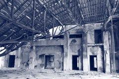 Um quartel dos bombeiros queimado no aeroporto velho de Hong Kong fotos de stock royalty free