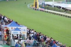 um recolhimento de Hong Kong Crowd e dos povos imagens de stock royalty free