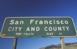 Um sinal para a cidade e o condado de San Francisco fotografia de stock royalty free