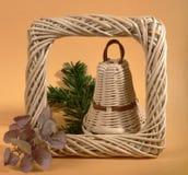 Um sino de Natal de vime Foto de Stock Royalty Free