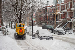 Um snowplow no movimento Imagens de Stock Royalty Free
