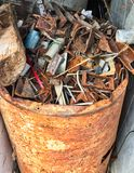 Um tambor da sucata oxidada da sucata foto de stock royalty free