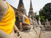 Um templo antigo é um destino popular do turista em Tailândia Foto de Stock