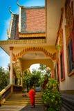 Um templo do beira-rio de Kampot, Camboja Imagem de Stock