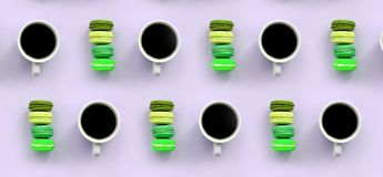 Um teste padrão dos muitos copos coloridos do bolinho de amêndoa e de café do bolo da sobremesa na opinião superior do fundo lilá foto de stock