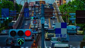 Um timelapse da rua do centro na avenida de Kanpachi na inclinação da possibilidade remota do dia do Tóquio video estoque