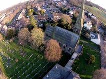 Um tiro aéreo da igreja metodista de Bramscote imagens de stock royalty free