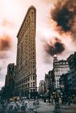 Um tiro bonito da construção do ferro em NY imagem de stock royalty free