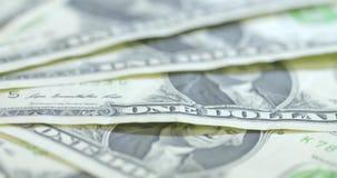 Um tiro de giro macro de contas do americano $1 filme