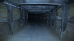 Um tiro movente de um túnel filme