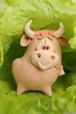 Um touro está nas hortaliças. Imagem de Stock Royalty Free