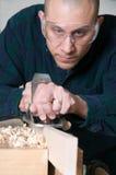 Um trabalhador de madeira Fotografia de Stock Royalty Free