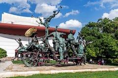 ` Um transporte com ` dos palhaços Fotos de Stock Royalty Free