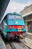 Um trem de alta velocidade italiano na estação de Veneza Imagens de Stock