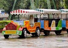 Um trem do brinquedo Fotos de Stock Royalty Free