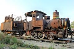 Um trem velho do vapor imagens de stock