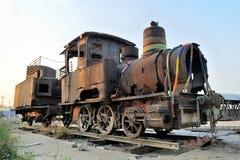 Um trem velho do vapor fotografia de stock royalty free