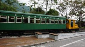 Um trem velho situado em Lin Tian Shan Forestry Center, Hualien, T foto de stock