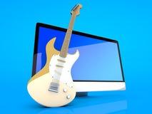 Um tudo em um computador com uma guitarra Imagem de Stock Royalty Free