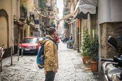 Um turista em Nápoles Foto de Stock
