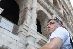 Um turista em Roma, Itália imagem de stock royalty free