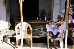 Um vendedor em Pushkar, Índia Foto de Stock