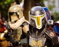Um ventilador de Star Wars vestido como Boba Fett Foto de Stock Royalty Free