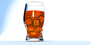 Um vidro do cocktailIce com cubos de gelo Fotos de Stock