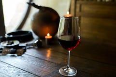 Um vidro do vinho vermelho foto de stock