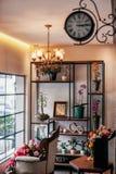 Um vitrine de um florista imagem de stock royalty free
