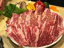 Um yakiniku de mármore bonito da carne Fotos de Stock Royalty Free