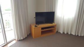 Uma área muito confortável da sala de estar em meu apartamento bonito em Alpha Sovereign Resort, surfistas Paradise, Queensland foto de stock royalty free