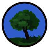 Uma árvore verde nos montes no verão quadro por um quadro redondo Ilustração Royalty Free